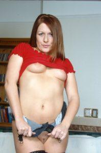 Hotesse telephone rose Sylvie