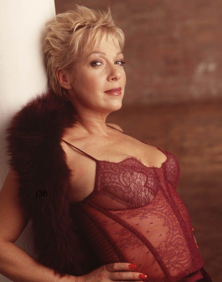 Sylvie, une cougar sexy
